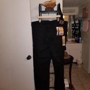 c52283a9 Wrangler Jeans - Wrangler black jeans 46×32 relaxed fit